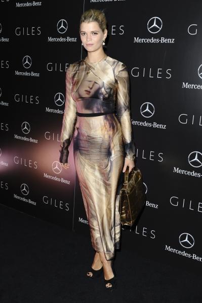 Photo Flash: Rosario Dawson, et al. at London Fashion Week