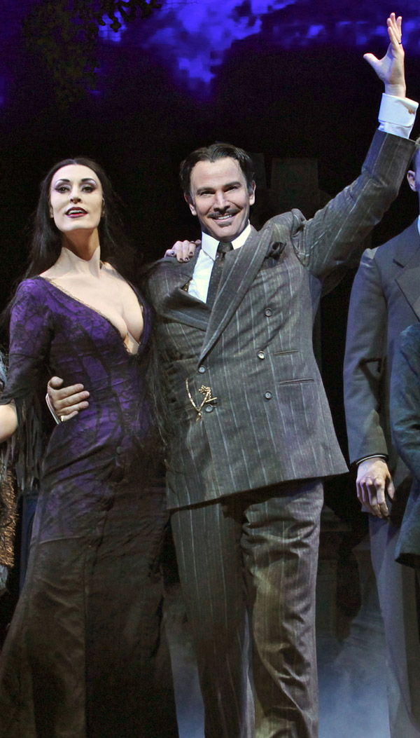 Photo Flash: Douglas Sills & Sara Gettelfinger in THE ADDAMS FAMILY Tour - First Production Shot!