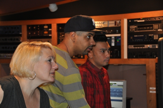 Photo Coverage: MEMPHIS Sings for 'Carols for a Cure' Album