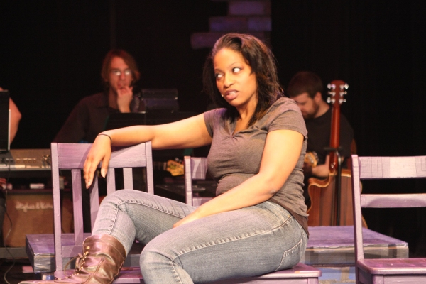 Jeanitta Perkins as Renata