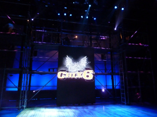 BWW BLOG: CHIX 6 Opens at Queens Theatre in the Park!