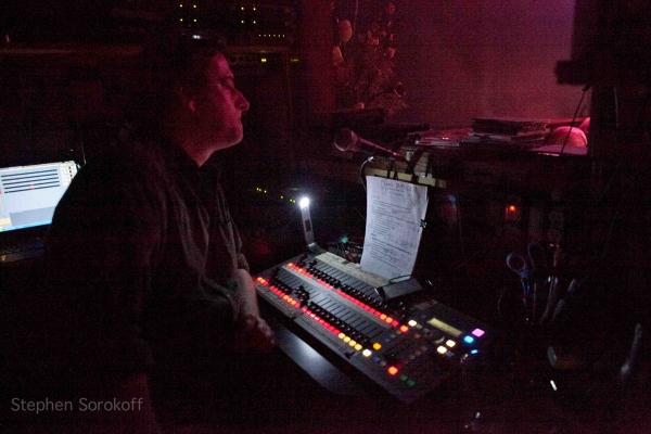 BWW Reviews: Frank Basile Plays the Metropolitan Room