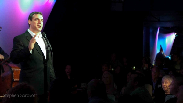 BWW Reviews: Frank Basile Plays the Metropolitan Room