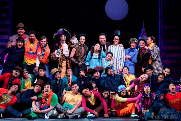 PETER PAN's cast with co-director Jaime del Mundo Photo