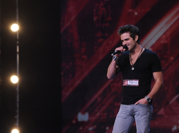 Photo Flash: THE X FACTOR Visits New Jersey