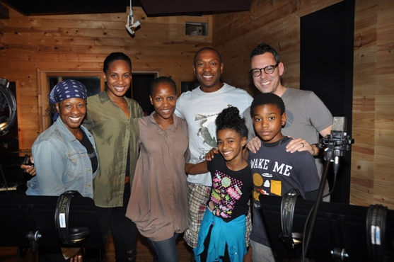 Photo Coverage: THE LION KING Sings for 'Carols for a Cure'