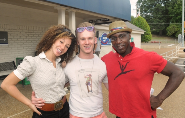 Photo Flash: MEMPHIS National Tour Visits Graceland