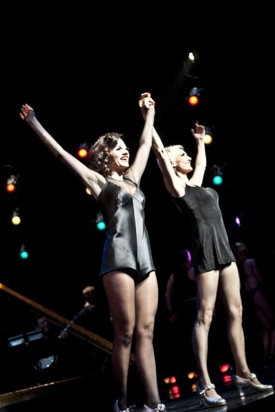 Kara DioGuardi and Amra-Faye Wright Photo