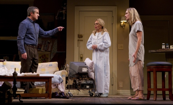 Photo Flash: First Look at Marlo Thomas, Mark Linn-Baker, et al. in RELATIVELY SPEAKING!