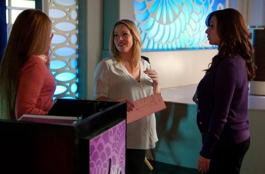 Jennifer Hall, Christina Applegate & Maya Rudolph at Sneak Peak -  UP ALL NIGHT'S  'Birth' Episode Airs 10/19