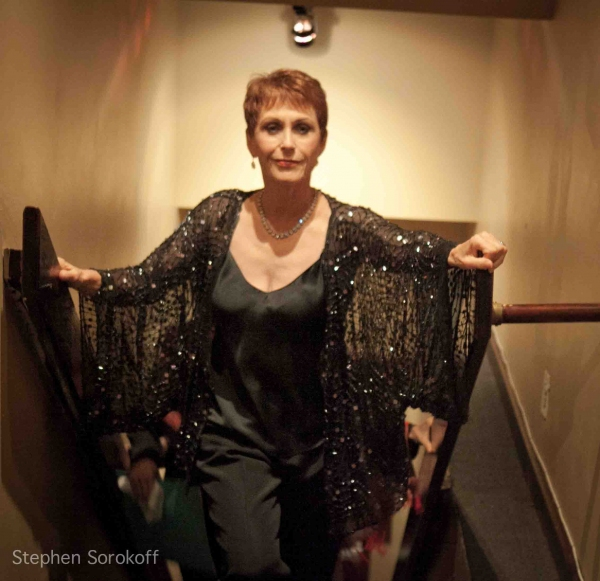 BWW Reviews: Amanda McBroom Brings 'Strange Days' to The Metropolitan Room
