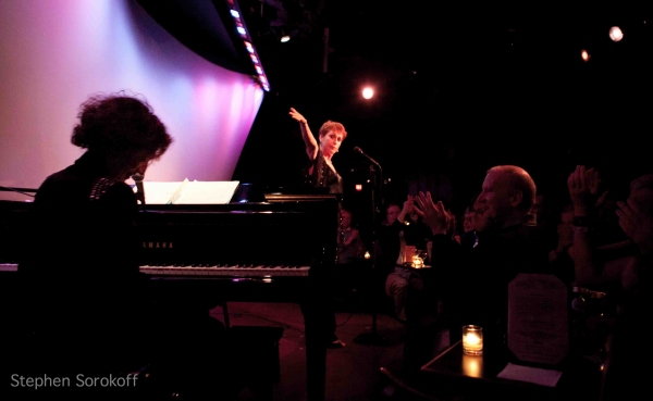 Michele Brourman & Amanda McBroom at BWW Reviews: Amanda McBroom Brings 'Strange Days' to The Metropolitan Room