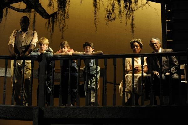 BWW Reviews: Denver Center's TO KILL A MOCKINGBIRD - A Masterpiece