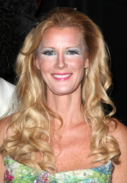 Sandra Lee at Bette Midler's 'Hulaween' Gala Benefit