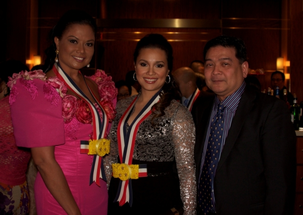 Bessie Badilla, Lea Salonga, Edwin Josue