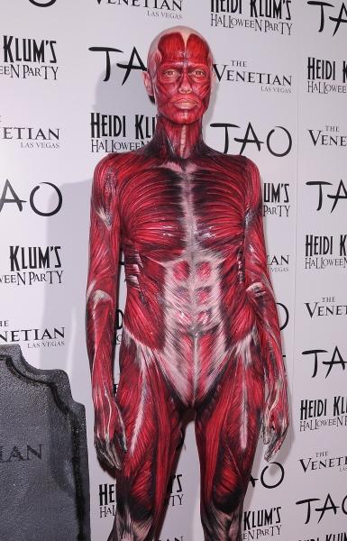 Photo Flash: Heidi Klum Hosts Halloween Party at the Venetian