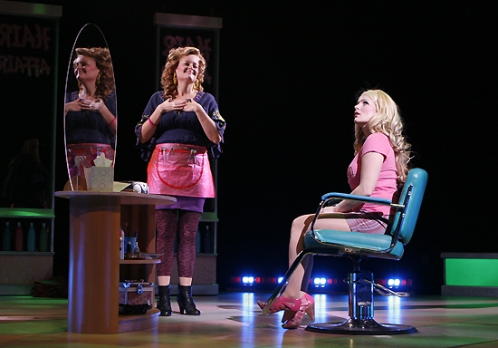 Gaelen Gilliland (Paulette) and Kelly Felthous (Elle Woods)