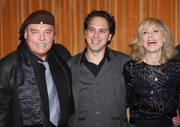 Stacey Keach & Thomas Sadoski & Judith Light