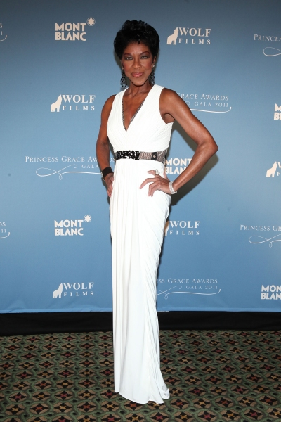 NEW YORK, NY - NOVEMBER 01:  Singer Natalie Cole attends MONTBLANC Launches Collection Princesse Grace De Monaco at the Princess Grace Awards Gala at Cipriani 42nd Street on November 1, 2011 in New York City.  (Photo by Matthew Peyton/Getty Images for Pri at Julie Andrews, Anne Hathaway, et al. at 2011 Princess Grace Gala