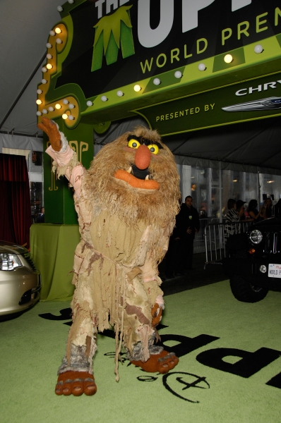 Photo Flash: Premiere of New MUPPETS Movie