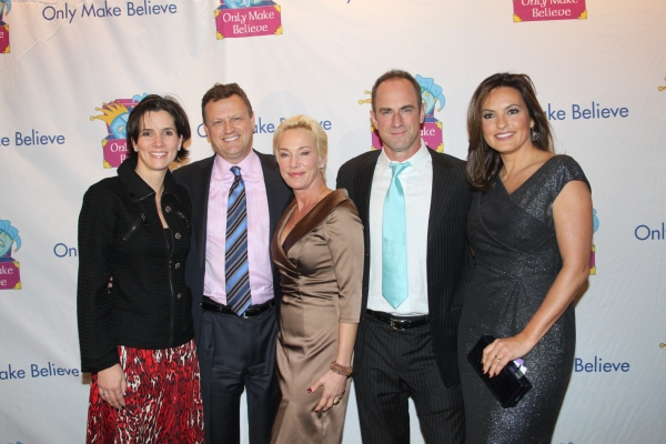 Danielle Wearing, Chris Wearing, Sherman Williams, Christopher Meloni and Mariska Hargitay