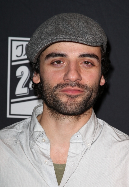 Oscar Isaac  at Sarah Silverman, Jason Biggs & More at the 2011 24 HOUR PLAYS