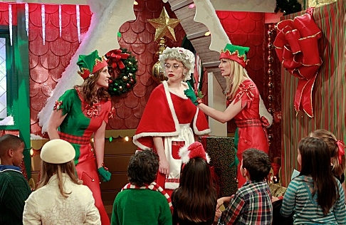 Beth Behrs, Kat Dennings & Katie Rose Donohue at Sneak Peek -2 BROKE GIRLS Chistmas Episode