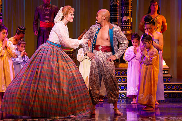 BWW Reviews: Walnut Street Theater's THE KING AND I is 'Something Wonderful'