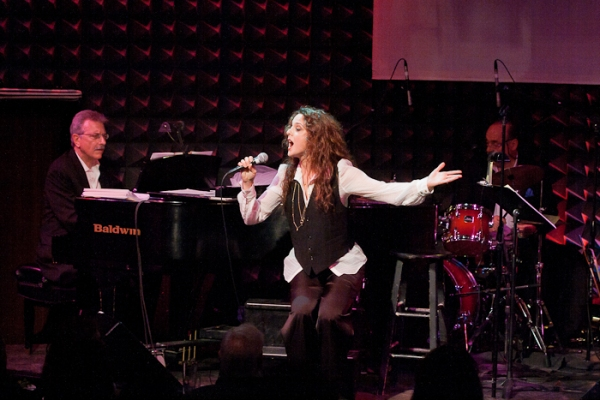 Photo Coverage: Melissa Errico Sparkles at Joe's Pub