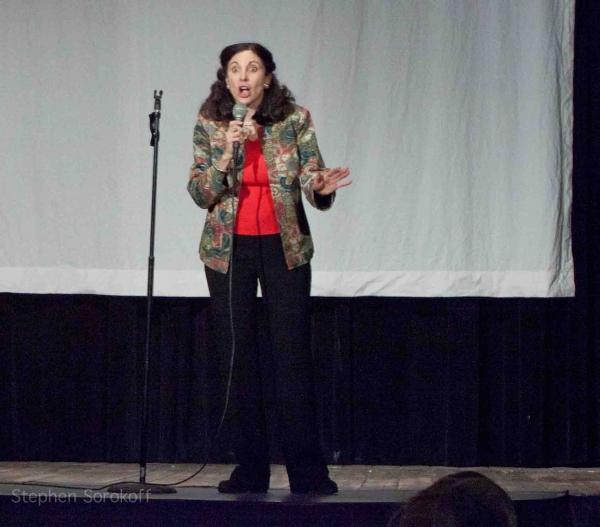 Rabbi/Cantor Jill Hausman Photo