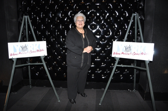 Marilyn Horne at Barbara Cook Honored with York Theatre Company's 2011 Oscar Hammerstein Award