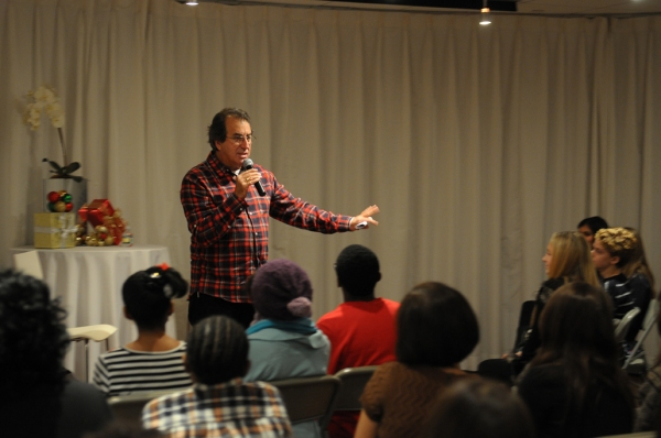 Photo Flash: Kenny Ortega Visits Broadway Kids Care
