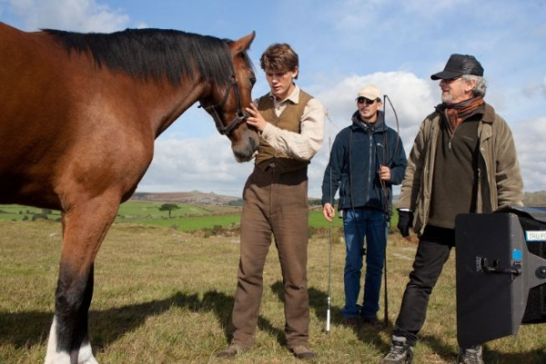 Photo Flash: New Shots Released from WAR HORSE Movie!