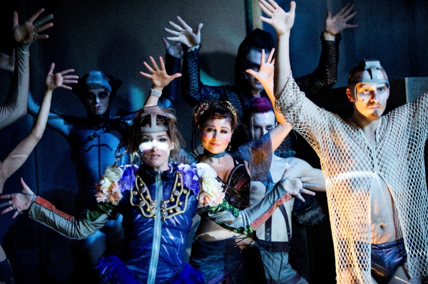 Photo Flash: First Look at Menier Chocolate Factory's PIPPIN - Broadway in the Cards?