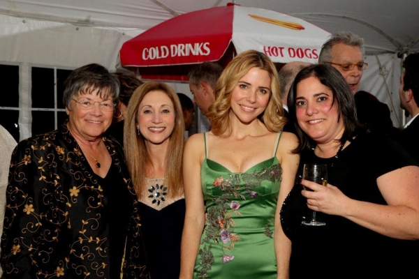 Kerry Butler with Gala Chair Angela Jaggar, Jean-Marie Posner and Gina Farasciano