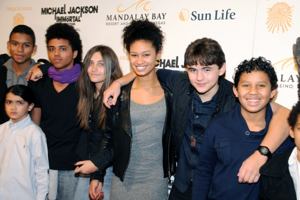 Blanket Jackson, Paris Jackson and Prince Jackson with friends