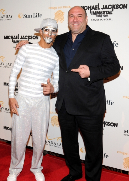 James Gandolfini and IMMORTAL character at Michael Jackson THE IMMORTAL World Tour - Red Carpet!