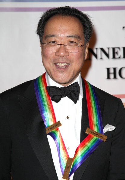 Yo-Yo Ma at Meryl Streep, Barbara Cook & More at the Kennedy Center Honors - The Red Carpet!
