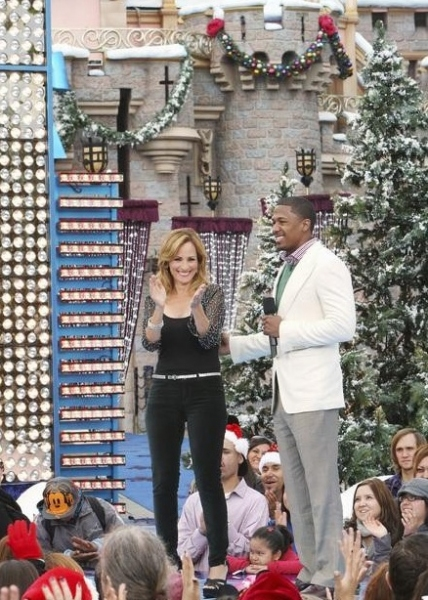 Marlee Matlin & Nick Cannon at Photo Flash : First Look - Disney's CHRISTMAS DAY PARADE Performances
