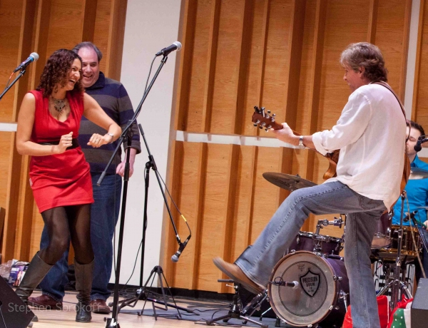 Photo Coverage: David Ippolito Brings 'That Guitar Man from Central Park' Back to Merkin Hall