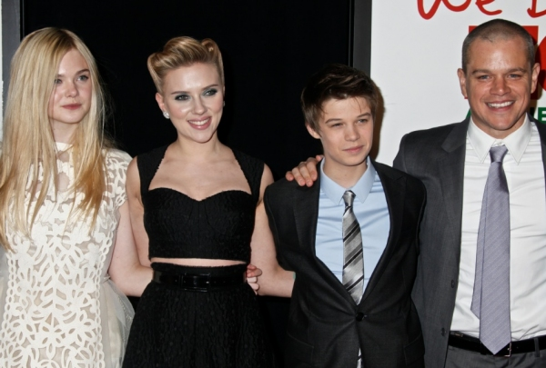 Elle Fanning, Scarlett Johansson, Colin Ford & Matt Damon at NY Premiere of WE BOUGHT A ZOO