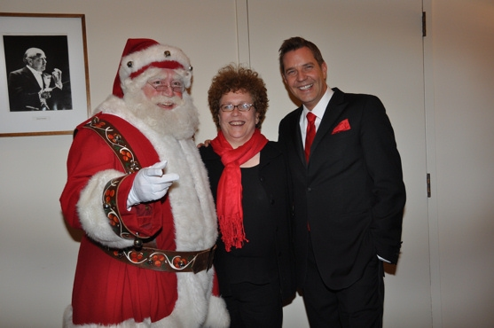 Santa Claus, Judith Clurman and Steven Reineke at John Pizzarelli and Jessica Molaskey Wish You A Swingin' Christmas With The New York Pops