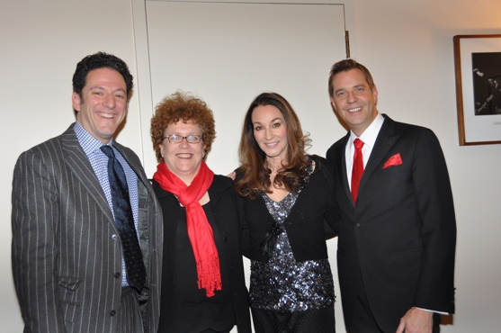 Photos: John Pizzarelli and Jessica Molaskey Wish You A Swingin' Christmas With The New York Pops