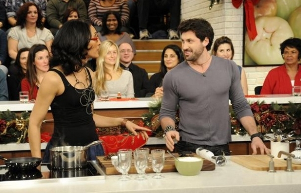 Photo Flash: Sneak Peek - DWTS's Maks Chmerkovskiy Visits ABC's THE CHEW, 12/22