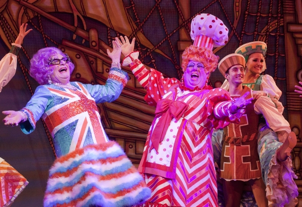 Photo Flash: Dame Edna Makes Pantomime Debut in DICK WHITTINTON