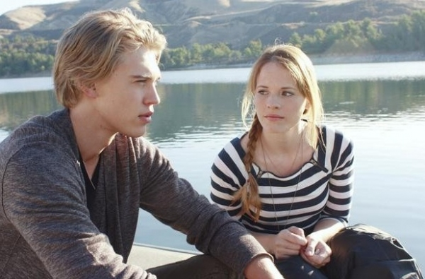 Austin Butler & Katie Leclerc at ABC Family's SWITCHED AT BIRTH Returns 1/3
