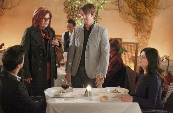 Ken Marino, Faith Prince, Zachary Knighton & Casey Wilson at Sneak Peek - Faith Prince Guest Stars on ABC's HAPPY ENDINGS, 1/4