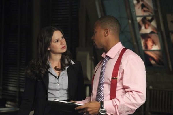 Katie Lowes & Columbus Short at Kerry Washington Stars in ABC's SCANDAL Premiering 2012
