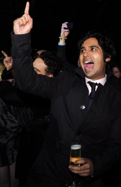 Photo Flash: CBS's THE BIG BANG THEORY Celebrates Its 100th Episode