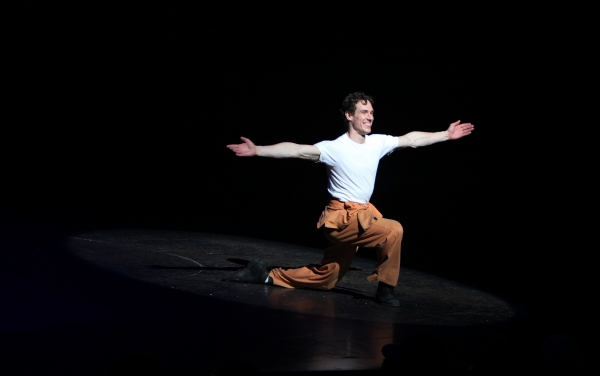 Stephen Hanna  at BILLY ELLIOT's Final Broadway Curtain Call